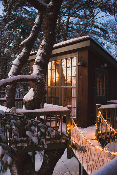 Glamping in a treehouse at Seguin Tree Dwellings